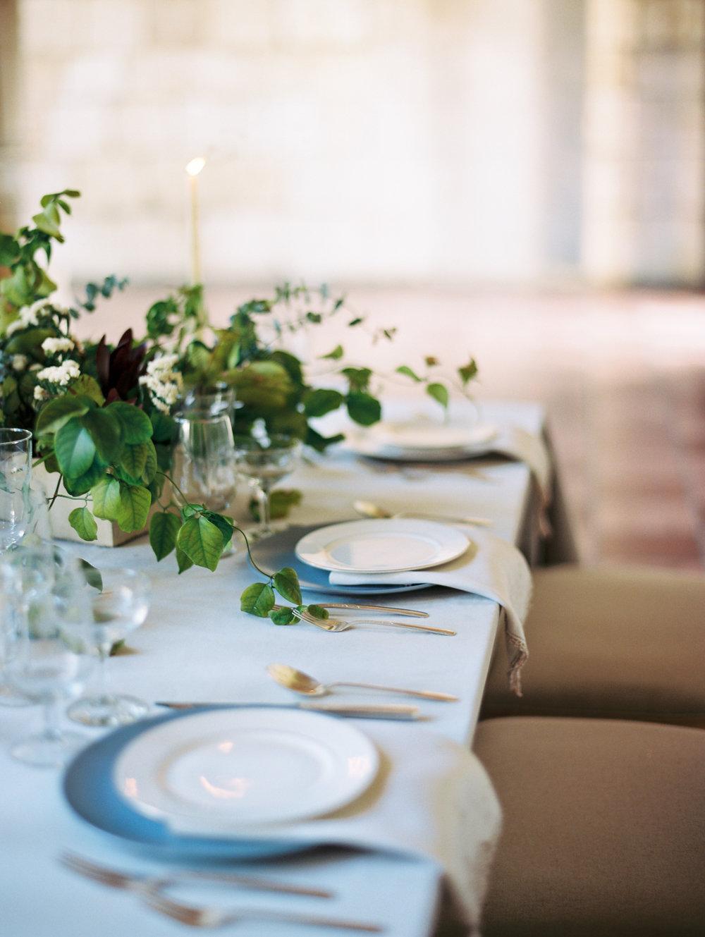 jessica-zimmerman-events-miami-reception-table-scape.JPG