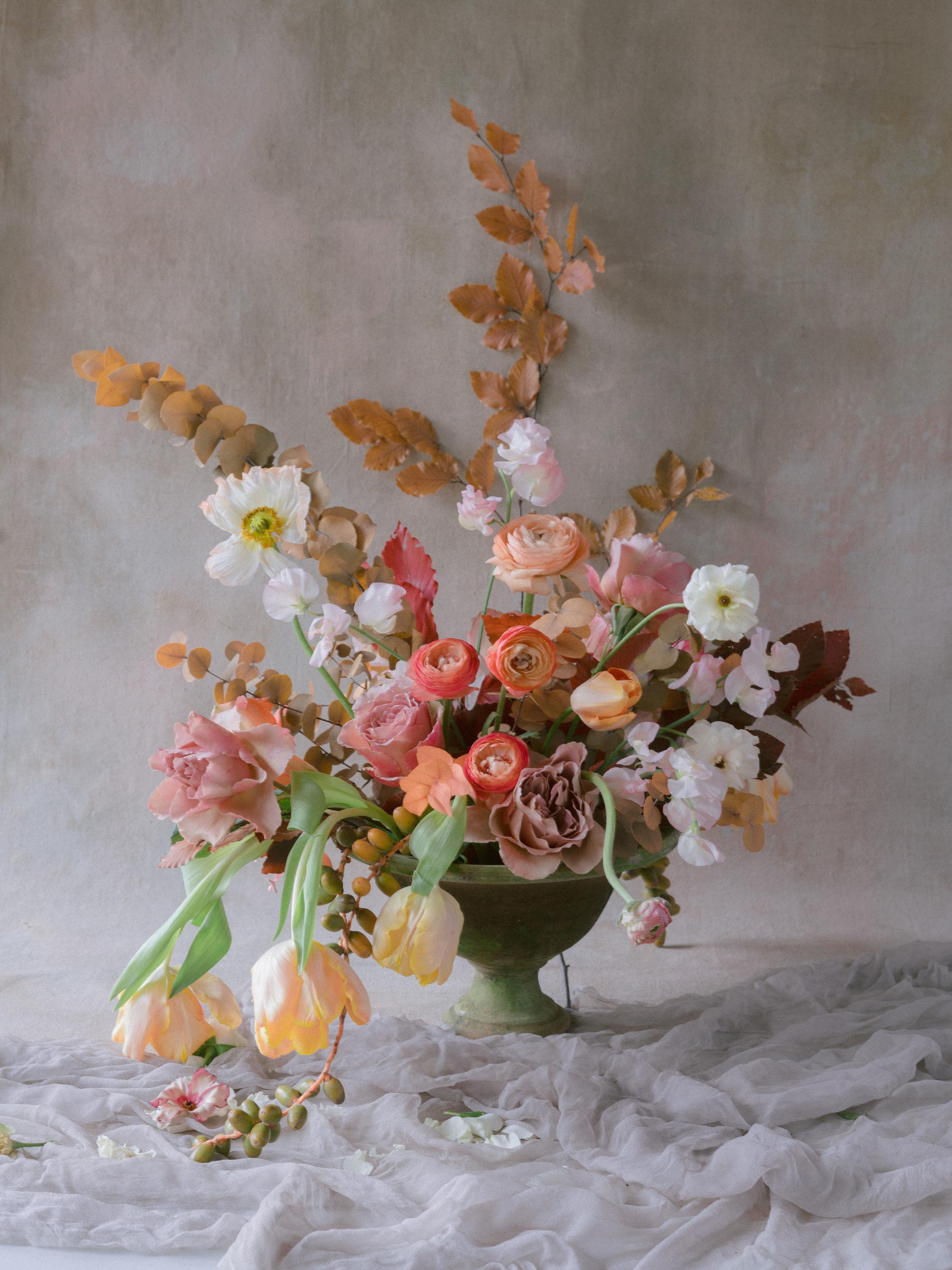 jessica-zimmerman-events-florabundance-days-holly-chapple-tulipina-floral-demo.jpg