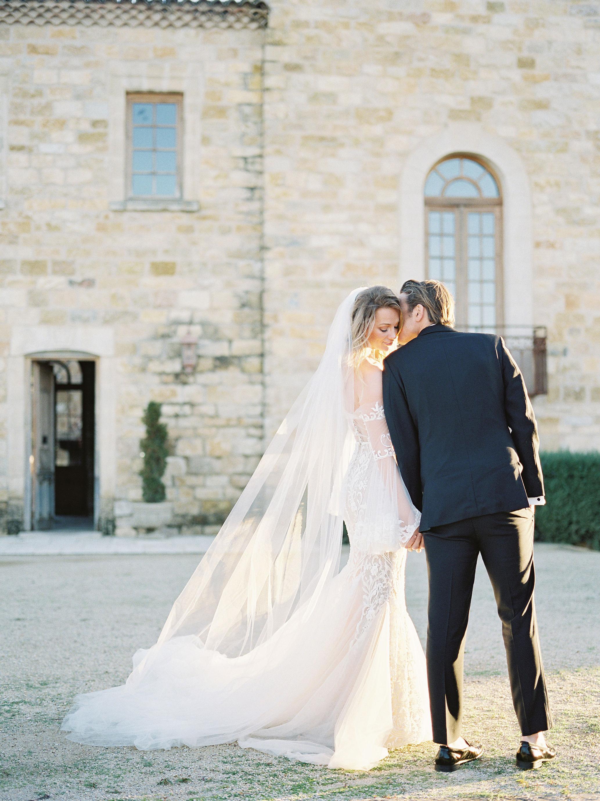 jessica-zimmerman-events-sunstone-bridal-lace-gown-wedding.jpg
