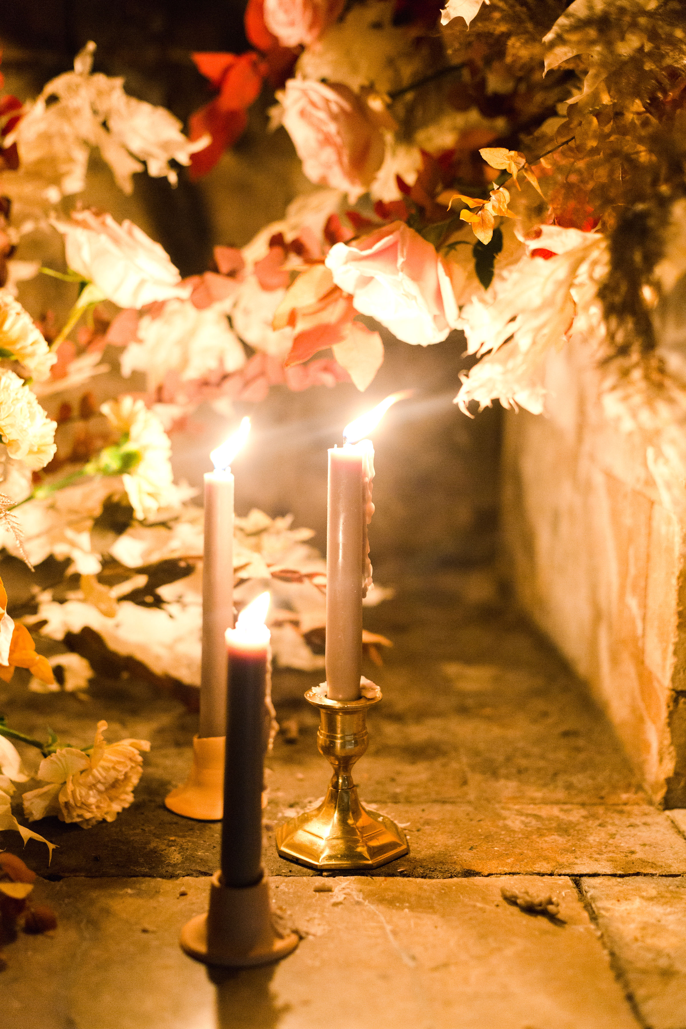 jessica-zimmerman-events-sunstone-ceremony-candle-mantle.jpg