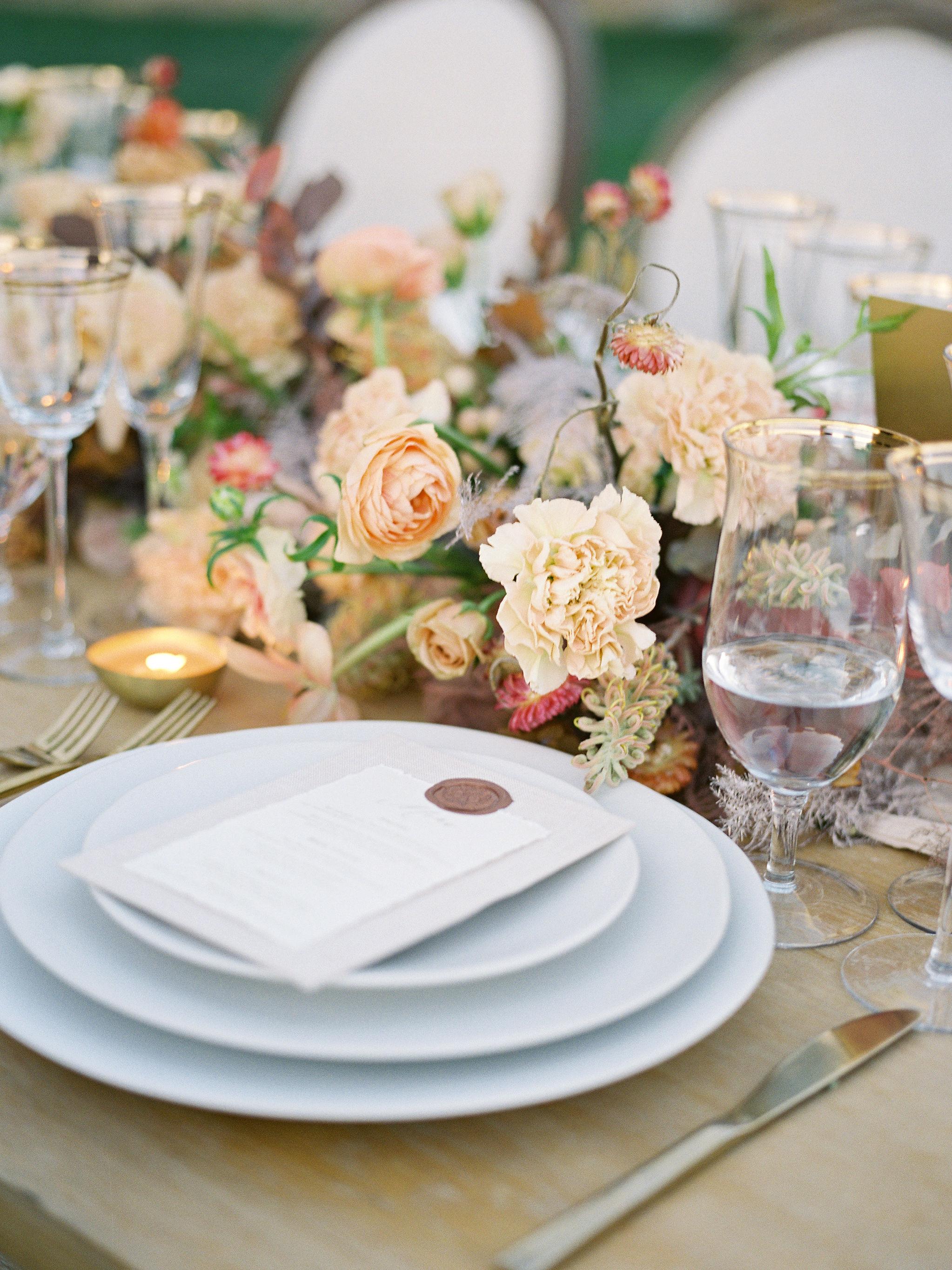 jessica-zimmerman-events-sunstone-wedding-reception-tablescape-dinnerware.jpg