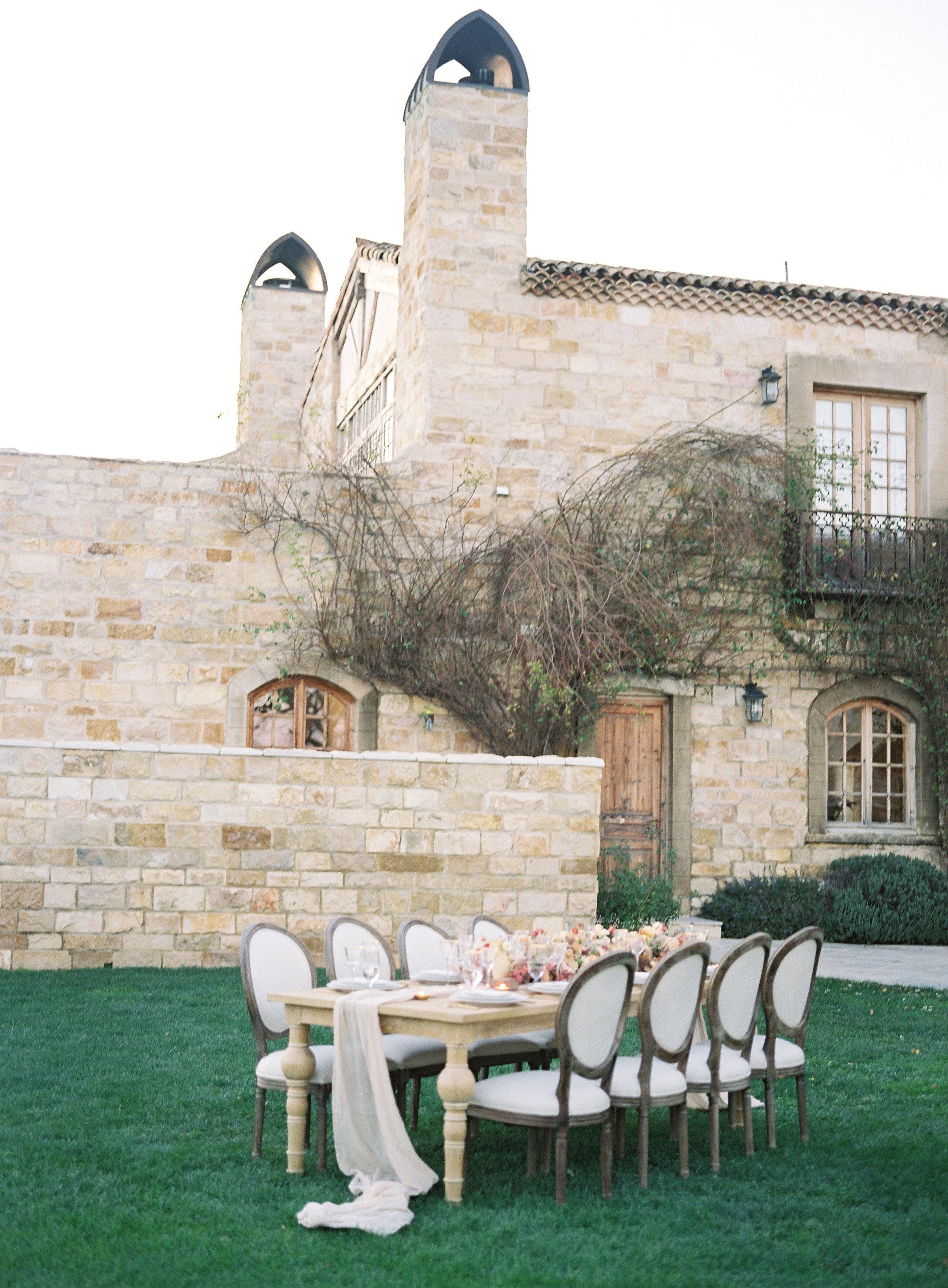 jessica-zimmerman-events-sunstone-reception-table.jpg