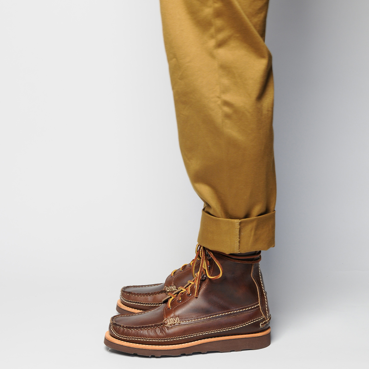 MAINE-GUIDE-DB-BOOTS,-G-BROWN,-WEAR-SIDE.jpg