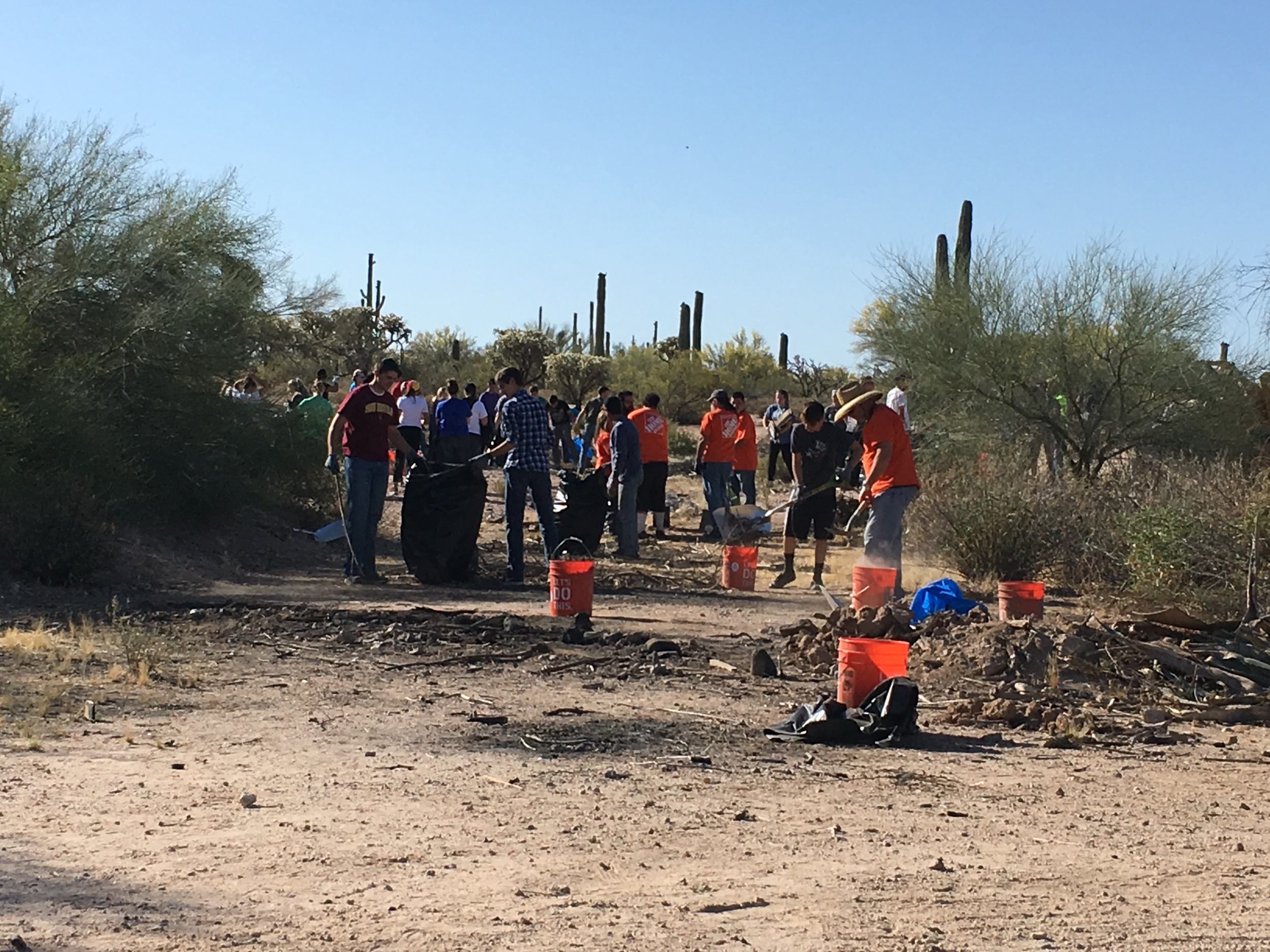 04/30/16 - Trash Cleanup Project with volunteers off Old Florence-Kelvin Highway SE of Florence.Click HERE to view the entire restoration.