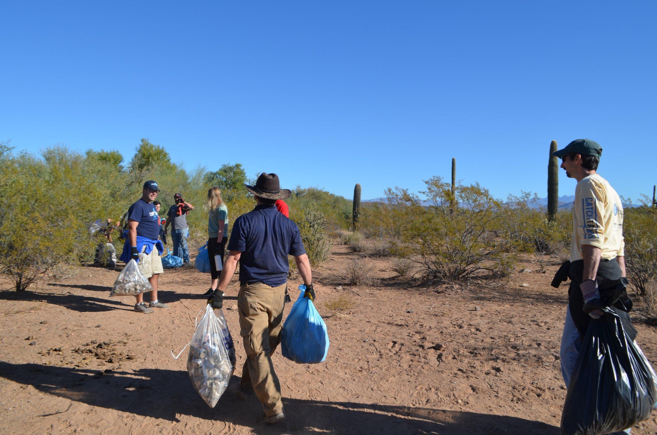 Salt River Cleanup 11-24-17 144.jpg