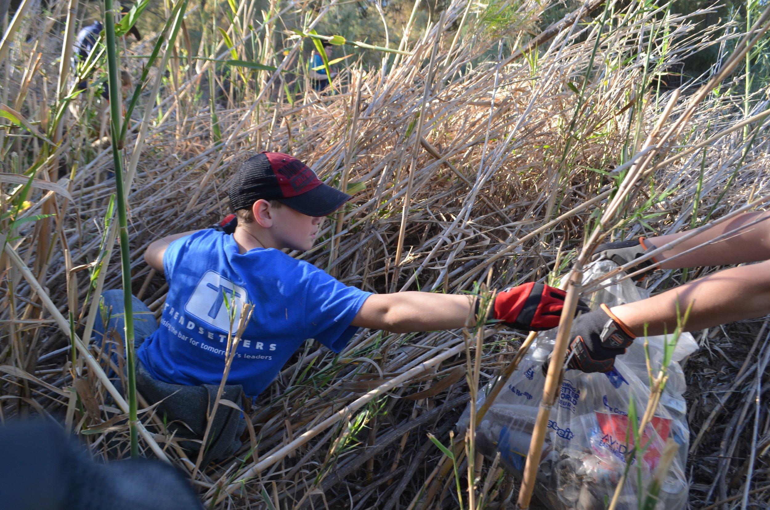 Salt River Cleanup 11-24-17 070.jpg