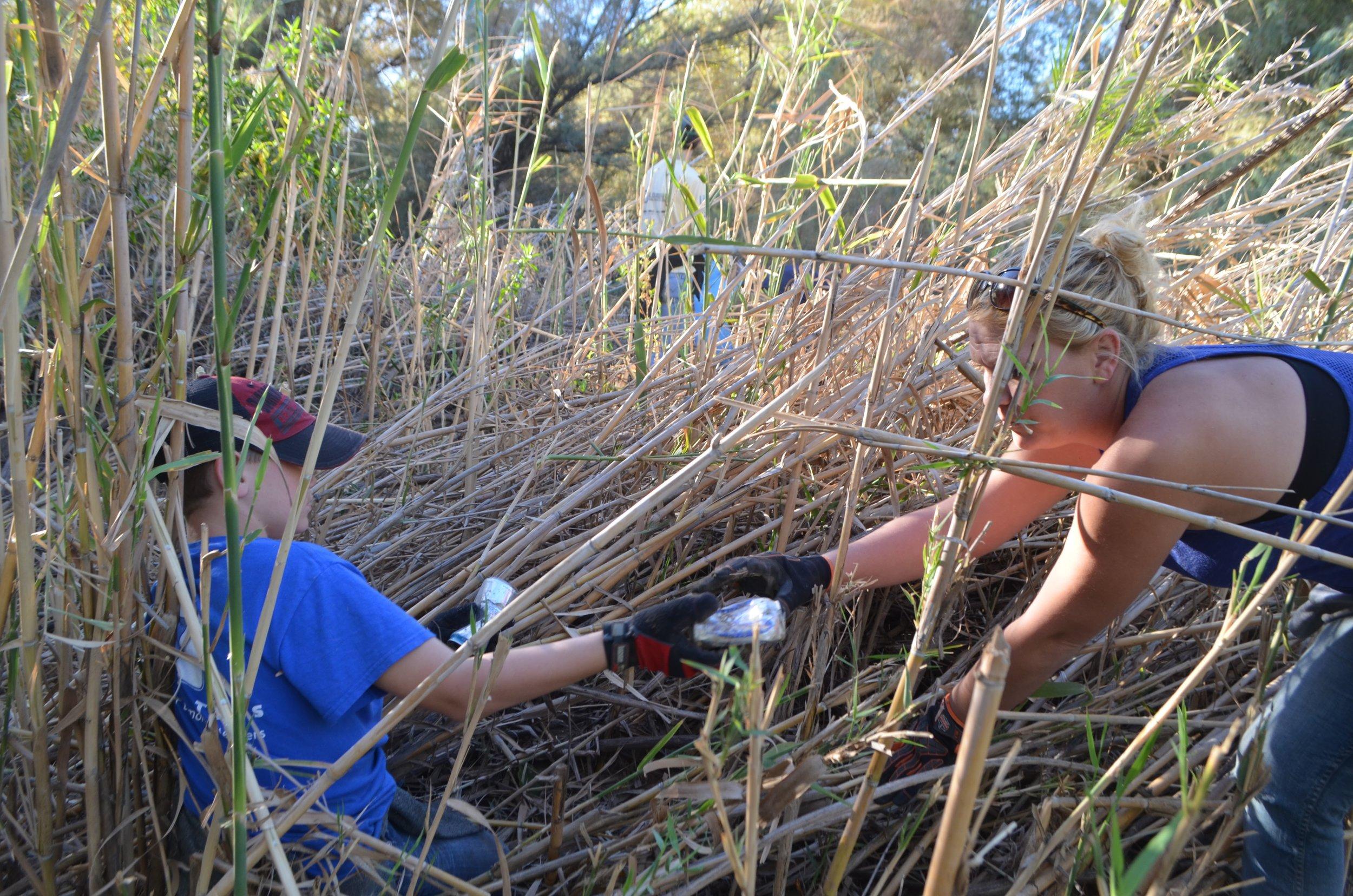 Salt River Cleanup 11-24-17 074.jpg