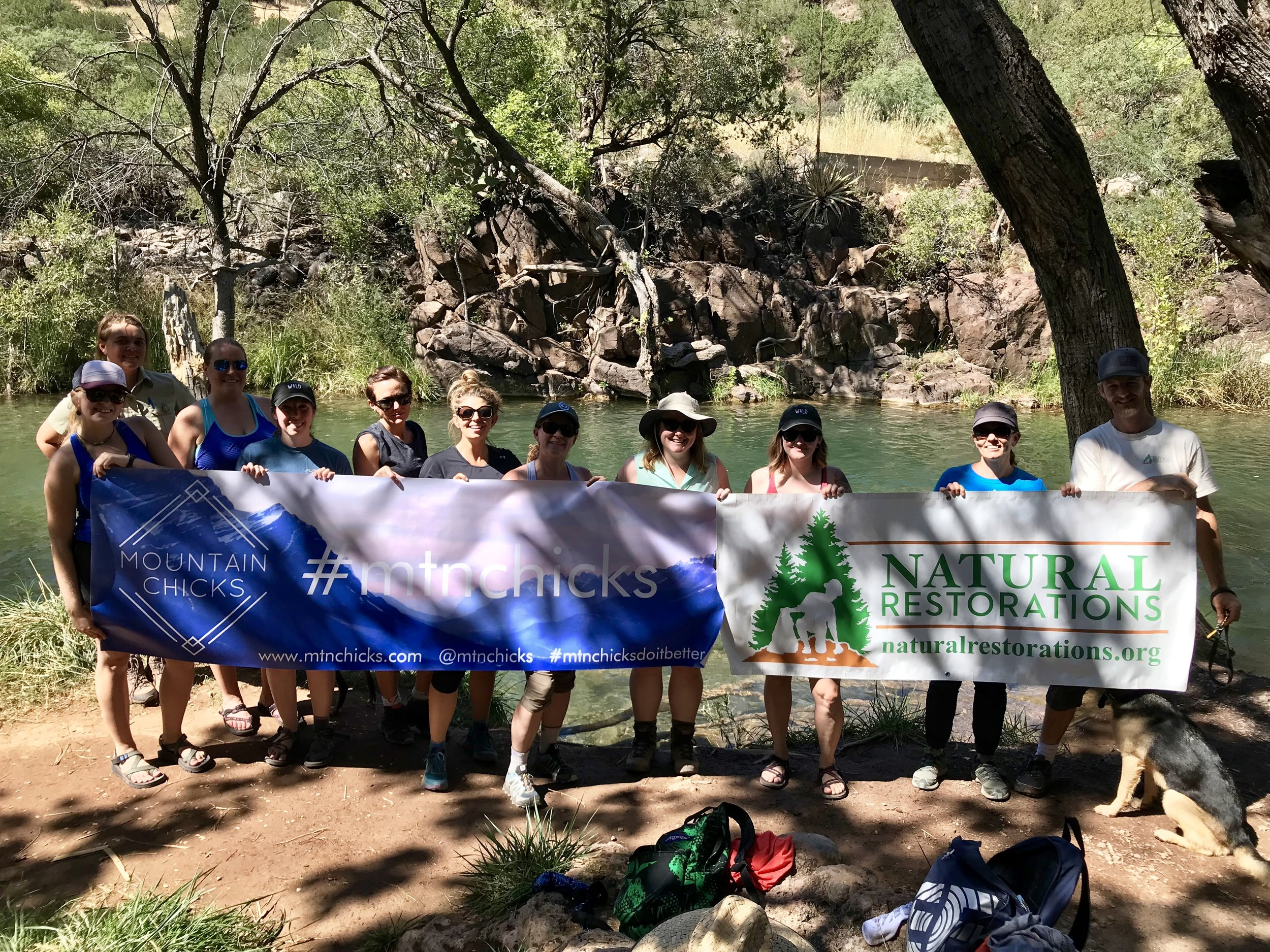09/29/18 - National Public Lands Day Cleanup at Fossil Creek with Mountain Chicks.Click HERE to view the project.