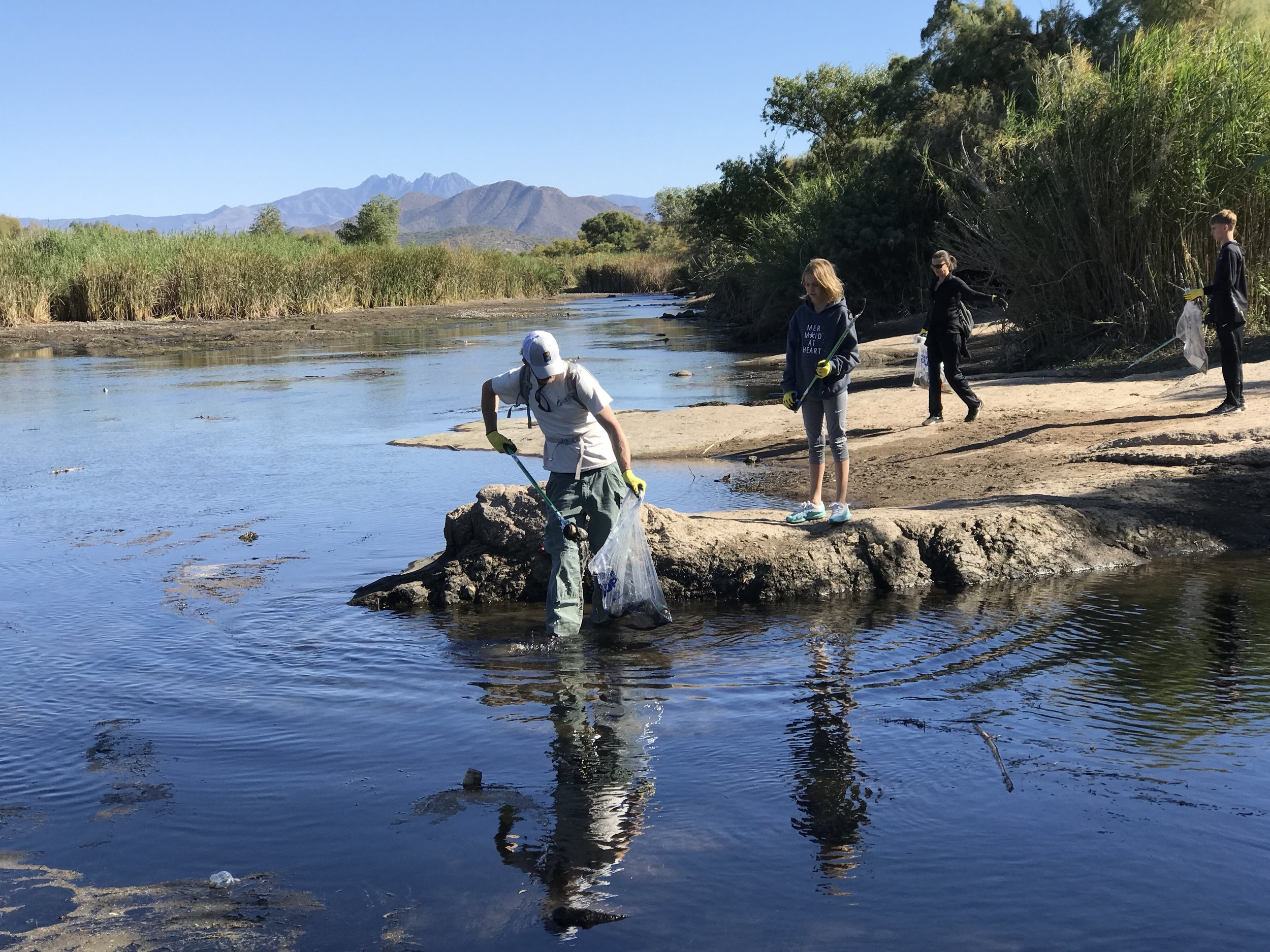 11/23/18 People's Mortgage Company Lower Salt River Cleanup