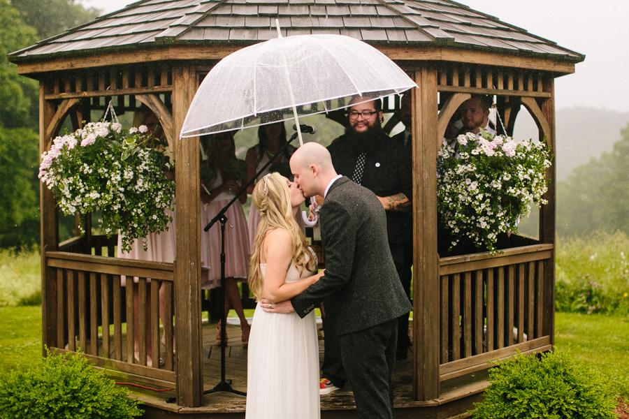 Zuka's Hilltop Barn Wedding Photographer