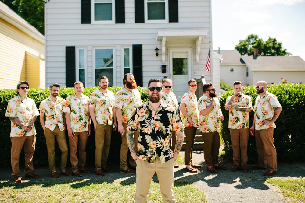 015-hawaiian-shirt-groomsmen.jpg