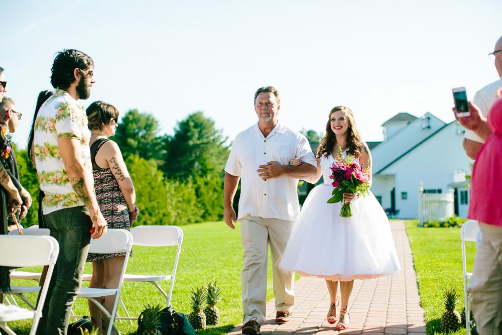 032-massachusetts-outdoor-wedding-ceremony.jpg