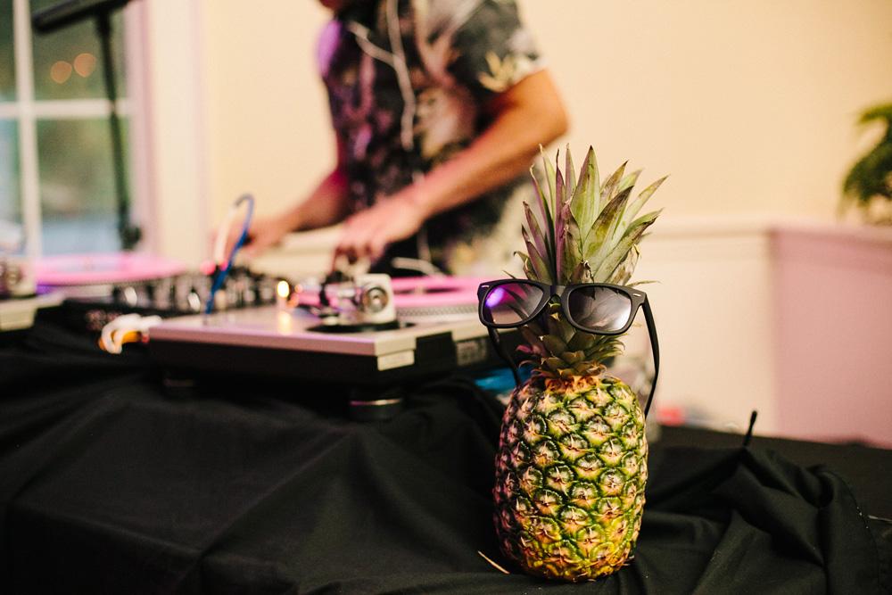 056-pineapple-wedding-detail.jpg