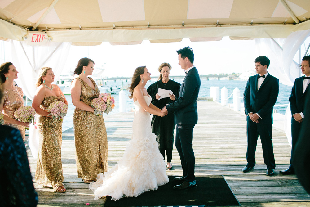 025-creative-newport-wedding-ceremony.jpg