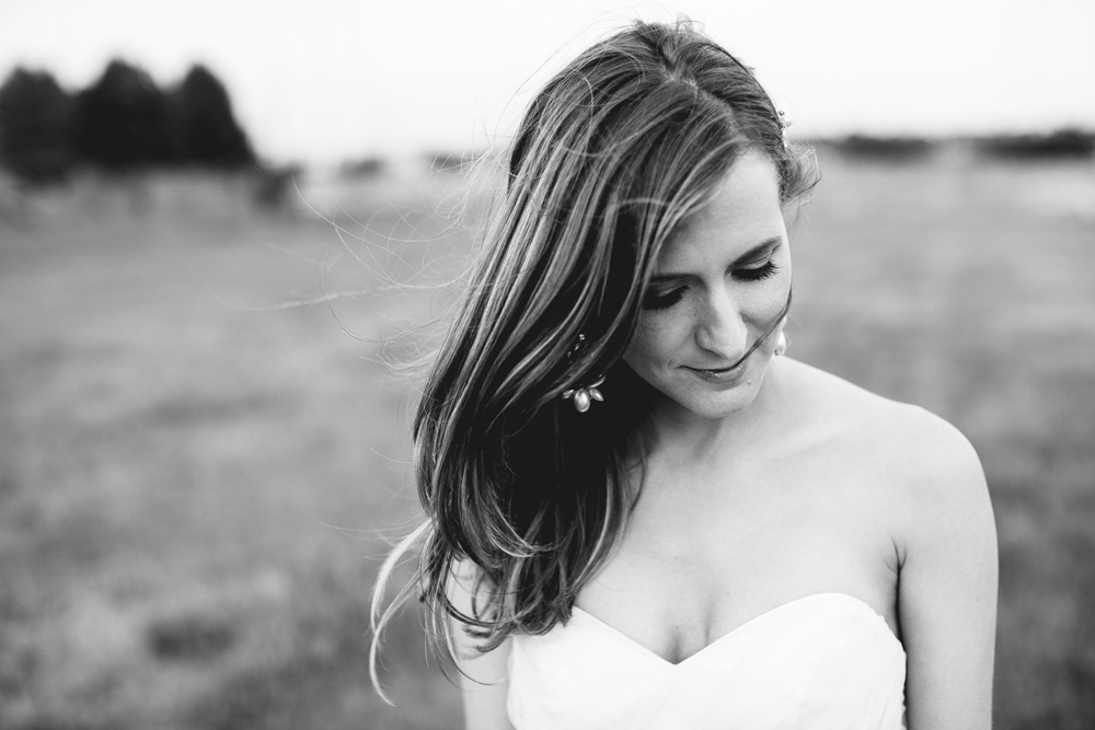 052-creative-newport-bridal-portrait.jpg