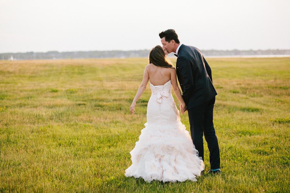 048-creative-newport-wedding-portraits.jpg