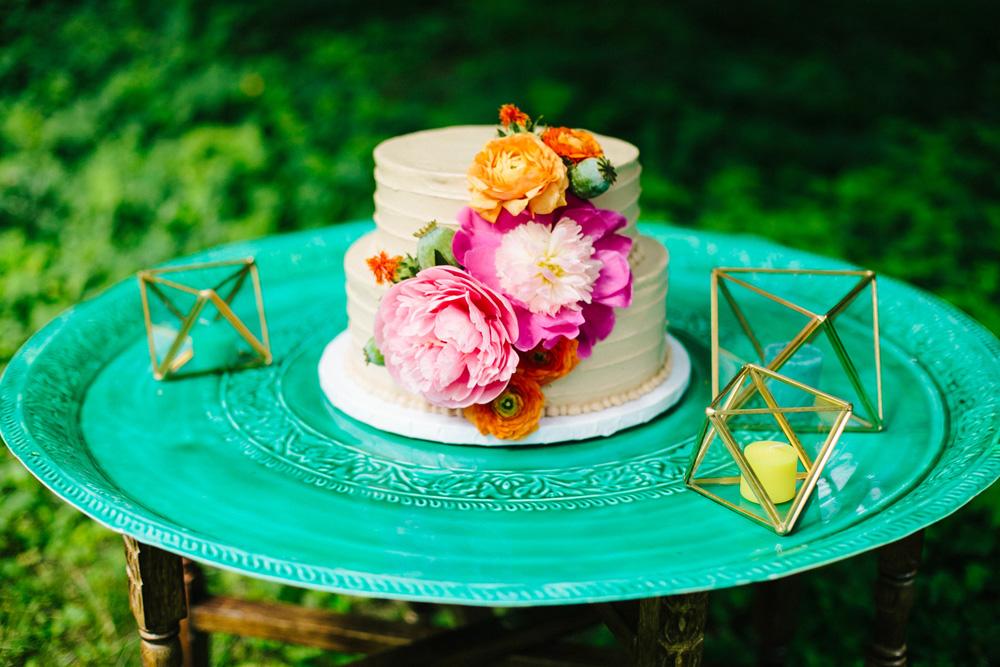 065-creative-outdoor-new-england-wedding-reception.jpg