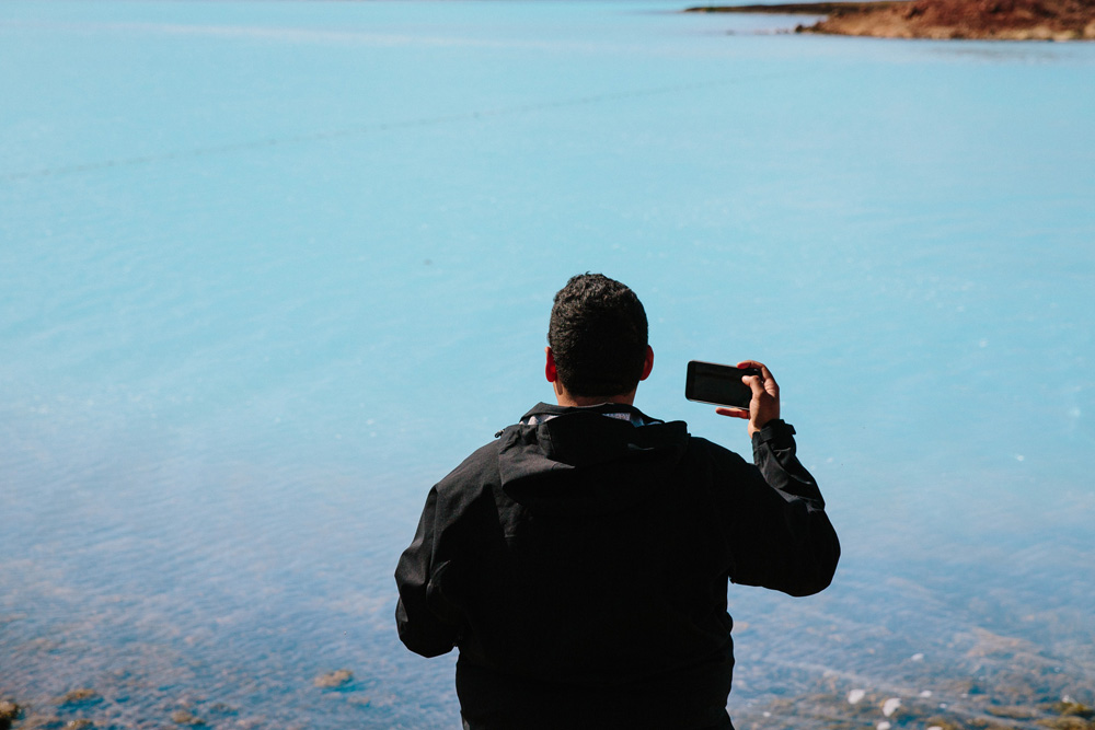 038-iceland-blue-water.jpg