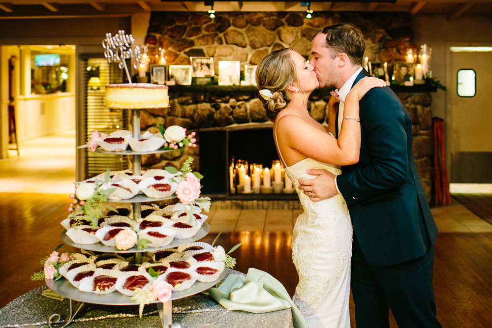 051-new-england-wedding-photojournalism.jpg
