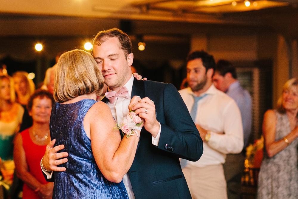 053-new-england-wedding-photojournalism.jpg