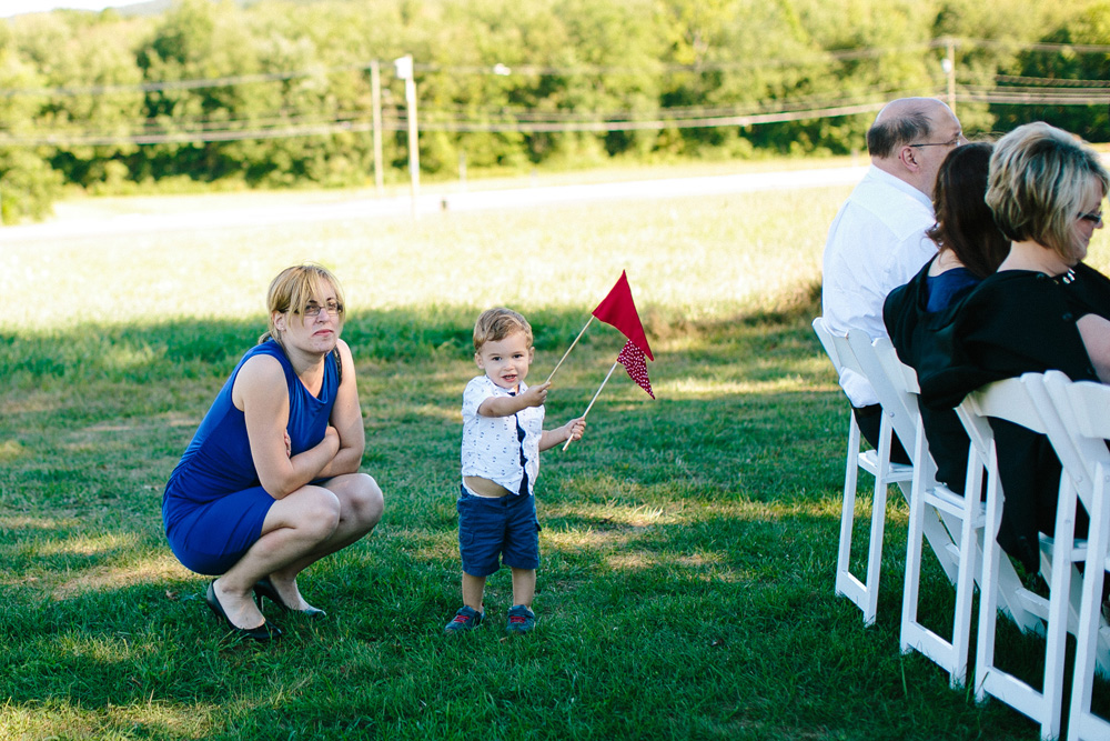 007-red-barn-at-hampshire-college-wedding-photography.jpg