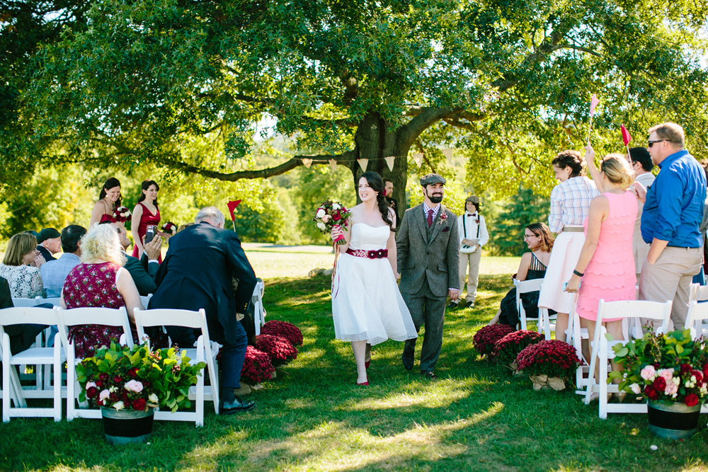010-red-barn-at-hampshire-college-wedding-photography.jpg