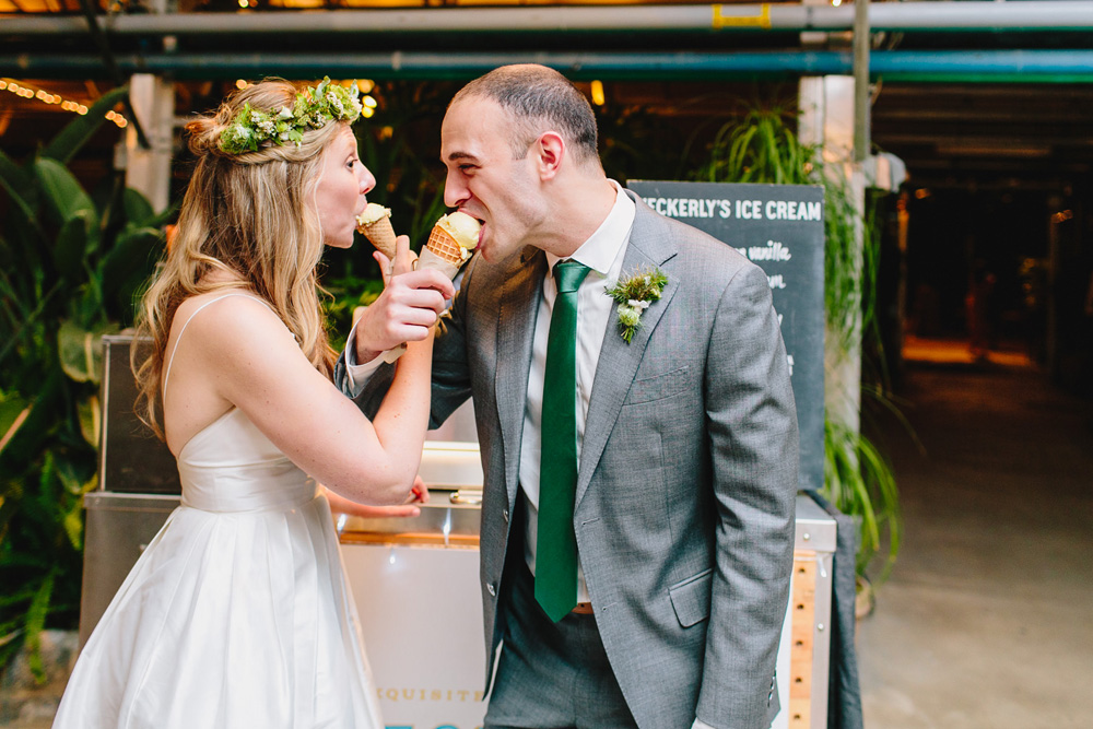 228-wedding-ice-cream.jpg