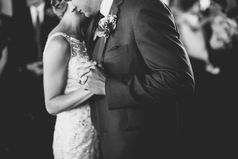 073-hip-new-england-wedding-photographer.jpg