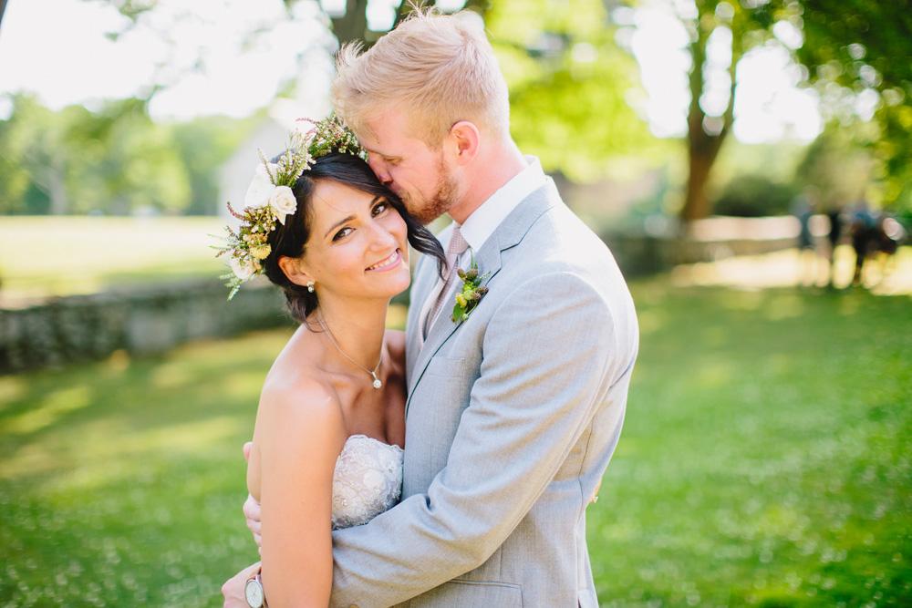 092-hip-new-england-wedding.jpg