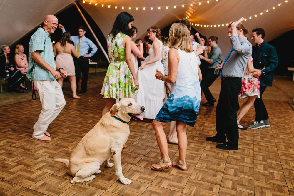 102-hip-new-england-wedding-photography.jpg