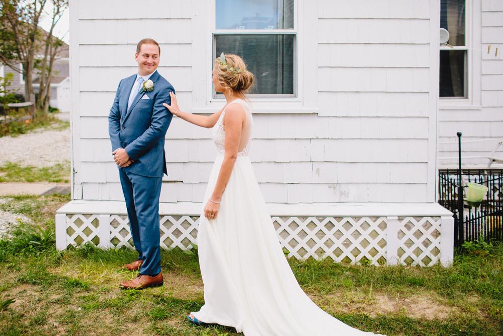 141-hip-new-england-wedding.jpg