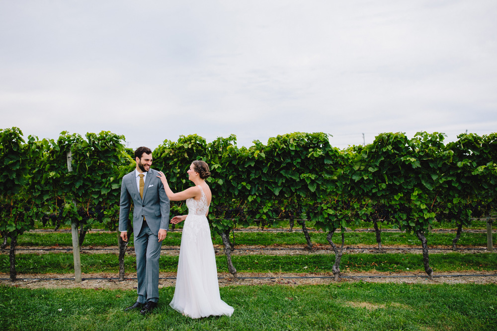 013-newport-vineyards-wedding.jpg