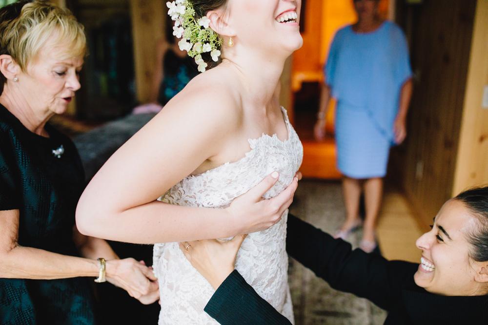 003-hip-maine-wedding-photography.jpg
