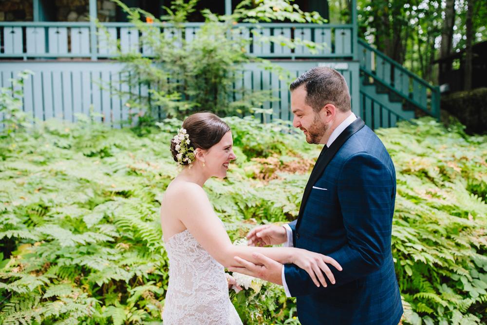 009-hip-maine-wedding-photography.jpg