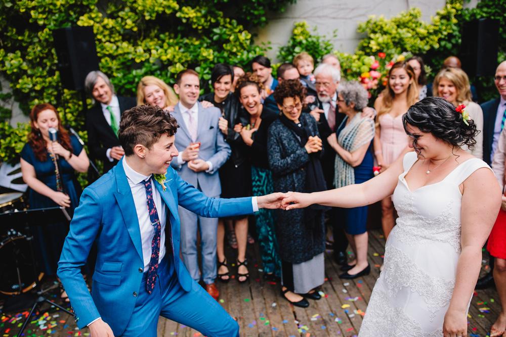 010-hip-new-england-wedding-photographer.jpg
