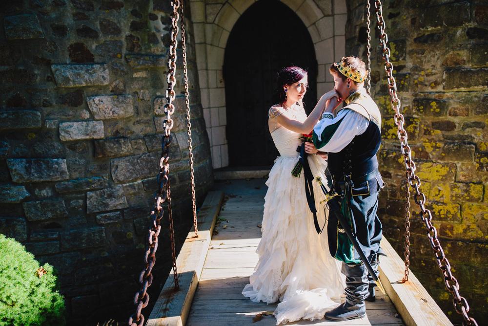 019-hammond-castle-wedding.jpg