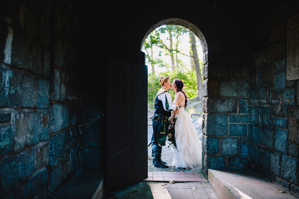 023-game-of-thrones-wedding.jpg