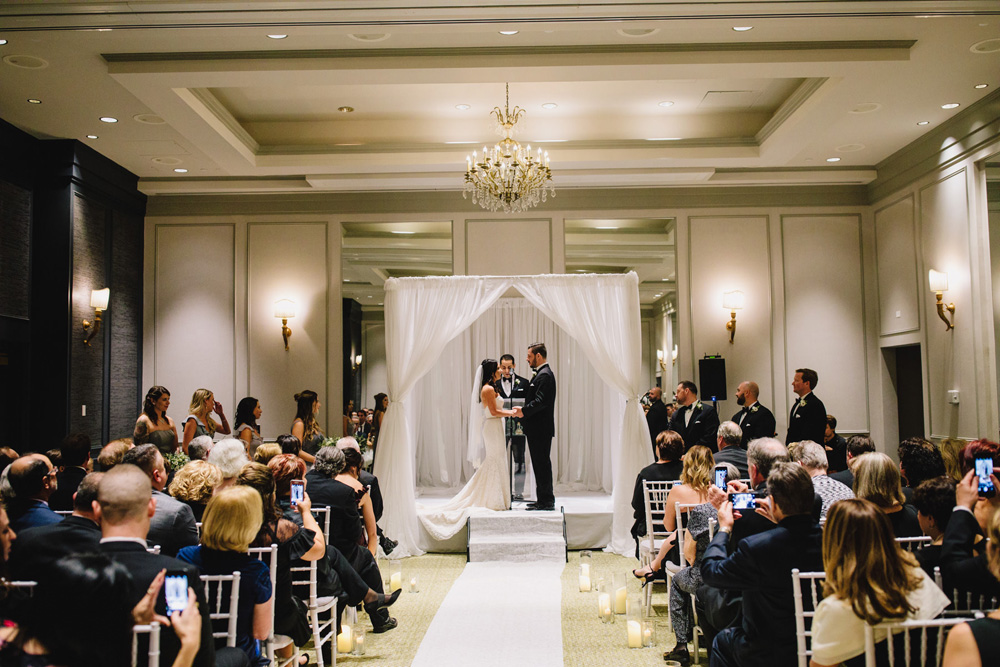 043-commonwealth-hotel-wedding-photography.jpg