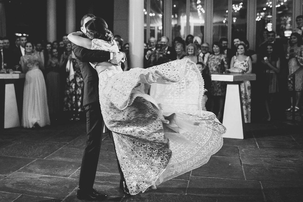 039-hip-new-england-wedding-photographer.jpg