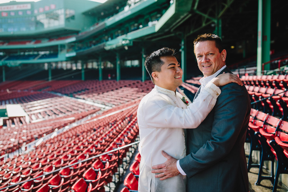 036-fenway-park-wedding-photo.jpg