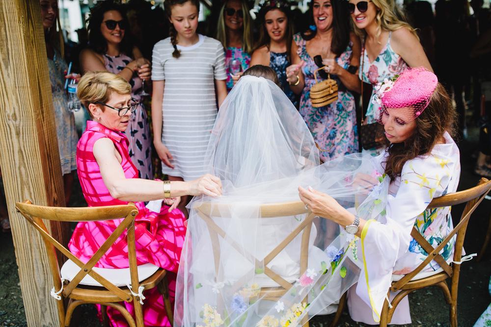 041-coonamessett-farm-wedding.jpg