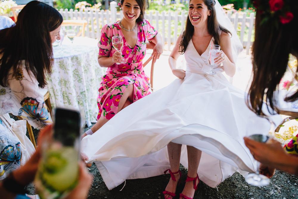 043-coonamessett-farm-wedding.jpg