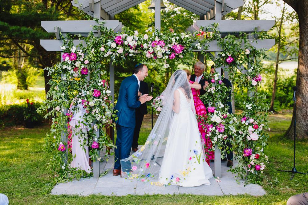 064-unique-new-england-wedding-ceremony.jpg
