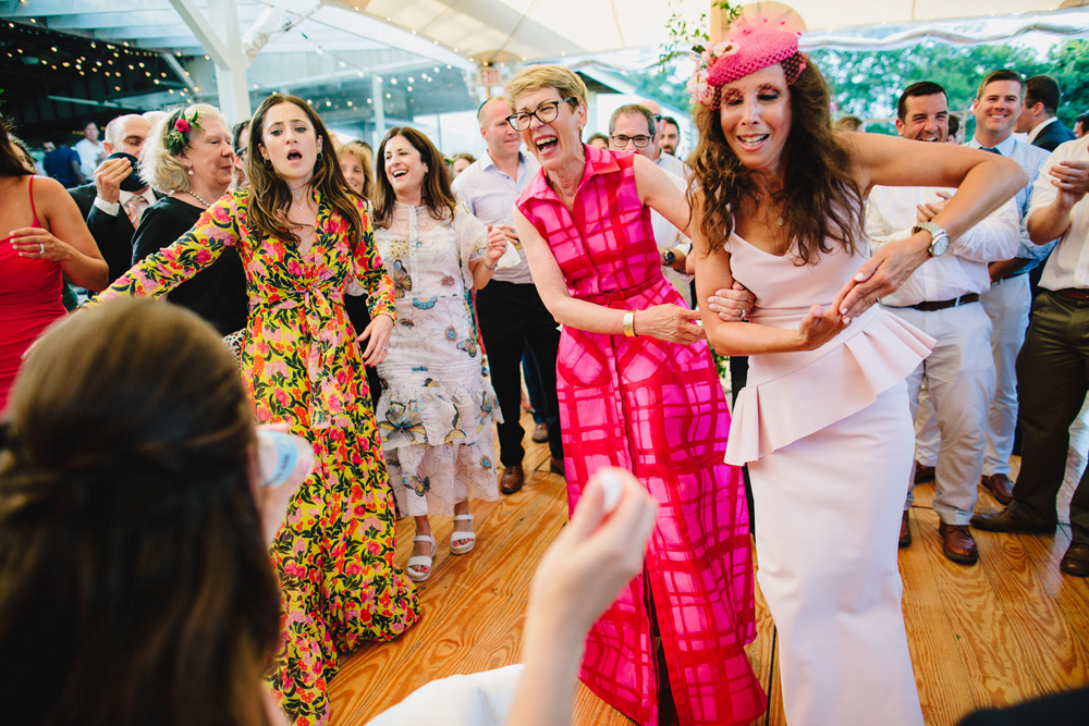 081-coonamessett-farm-wedding-reception.jpg
