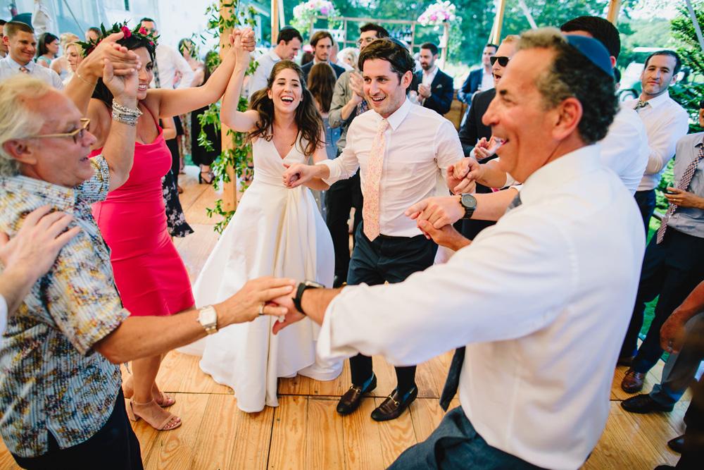 084-coonamessett-farm-wedding-reception.jpg