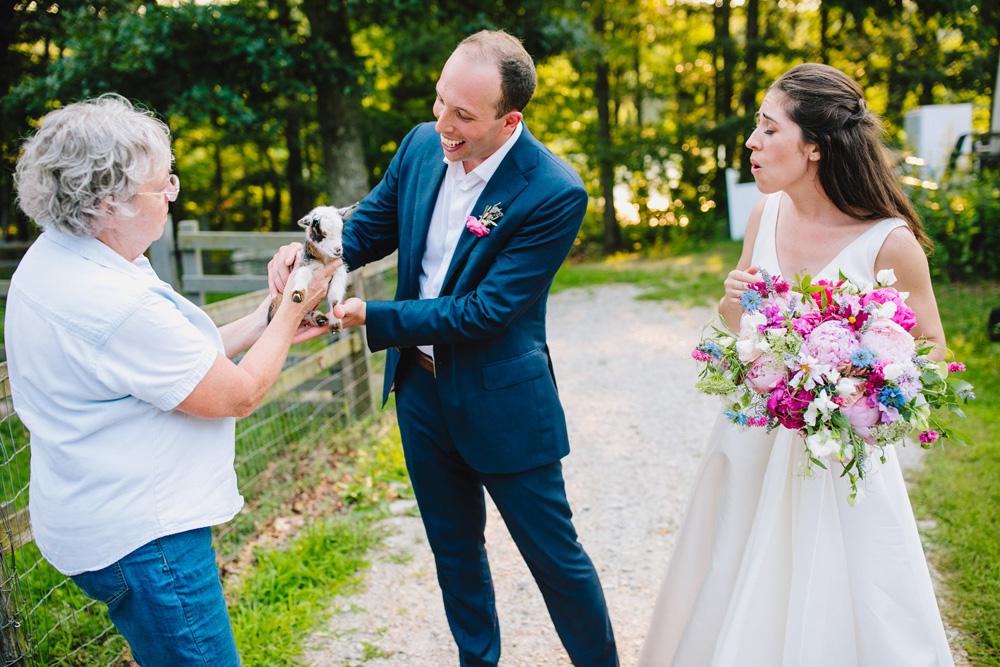 096-coonamessett-farm-wedding-photography.jpg