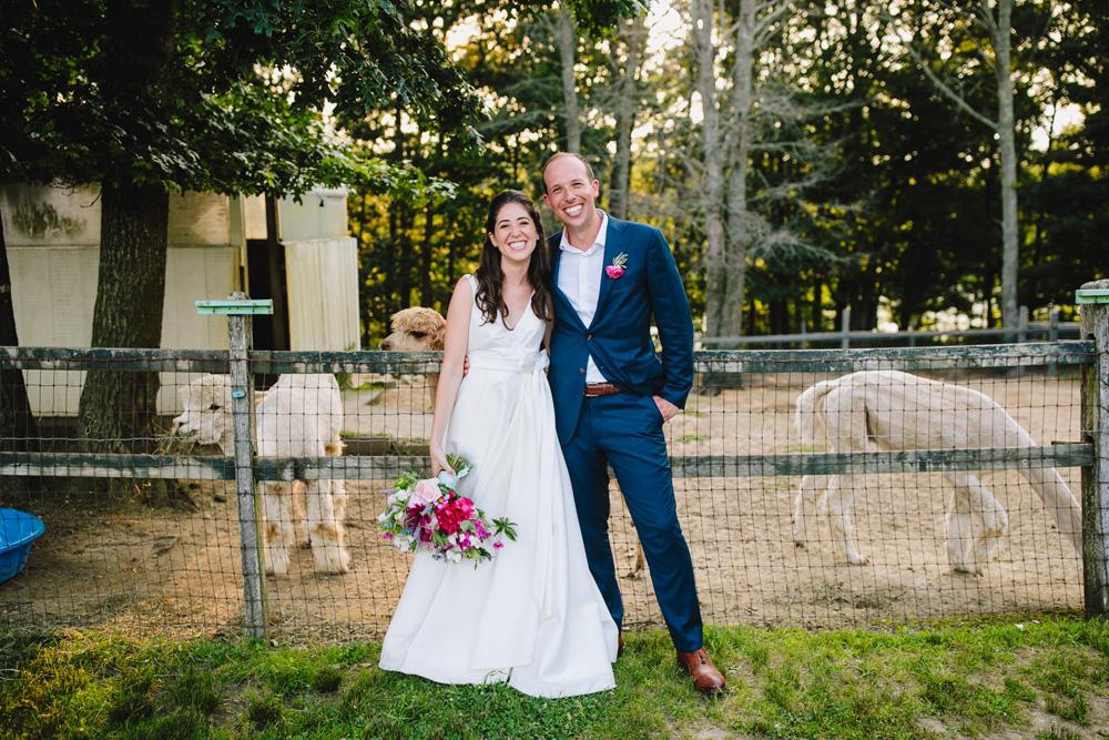 095-coonamessett-farm-wedding-photography.jpg