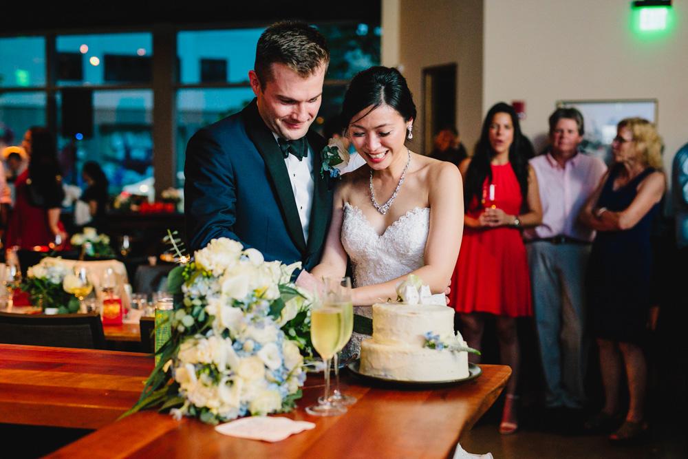 071-boston-restaurant-wedding-photography.jpg