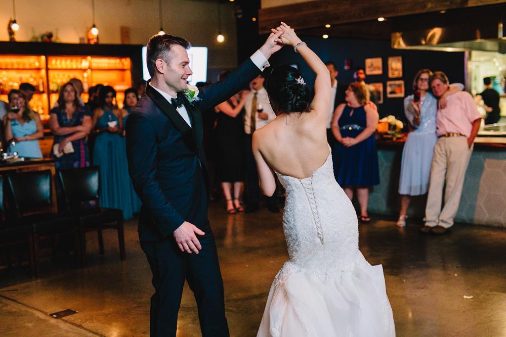 073-boston-restaurant-wedding-photography.jpg