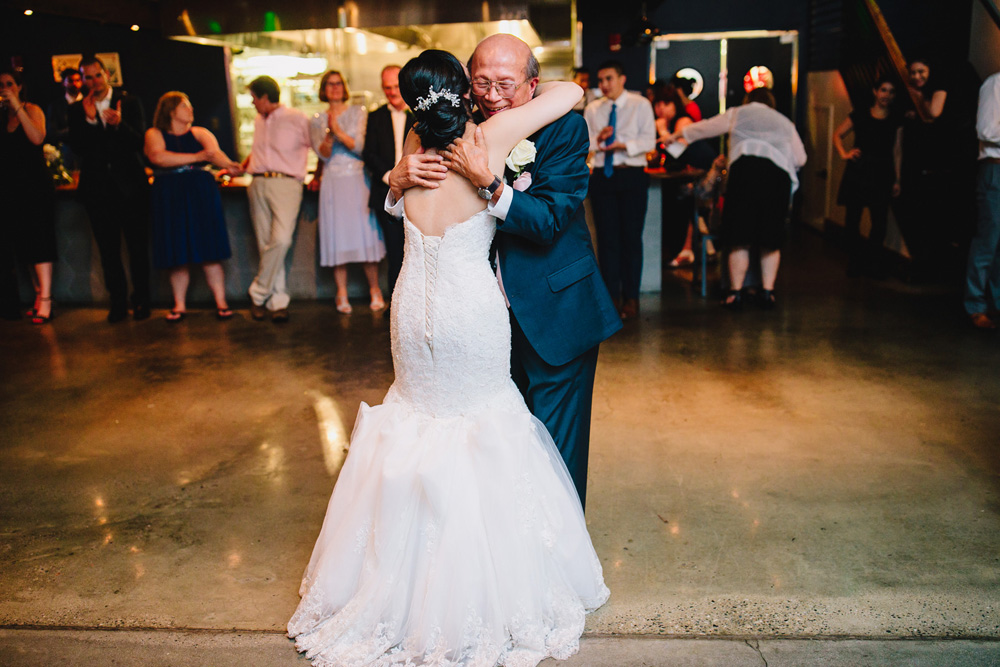 075-boston-restaurant-wedding-photography.jpg